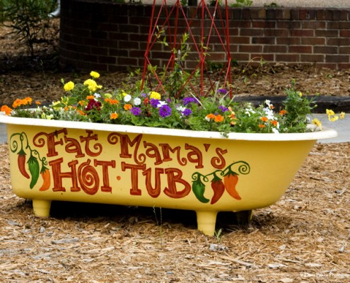 Fat Mama's Tamales Hot tub