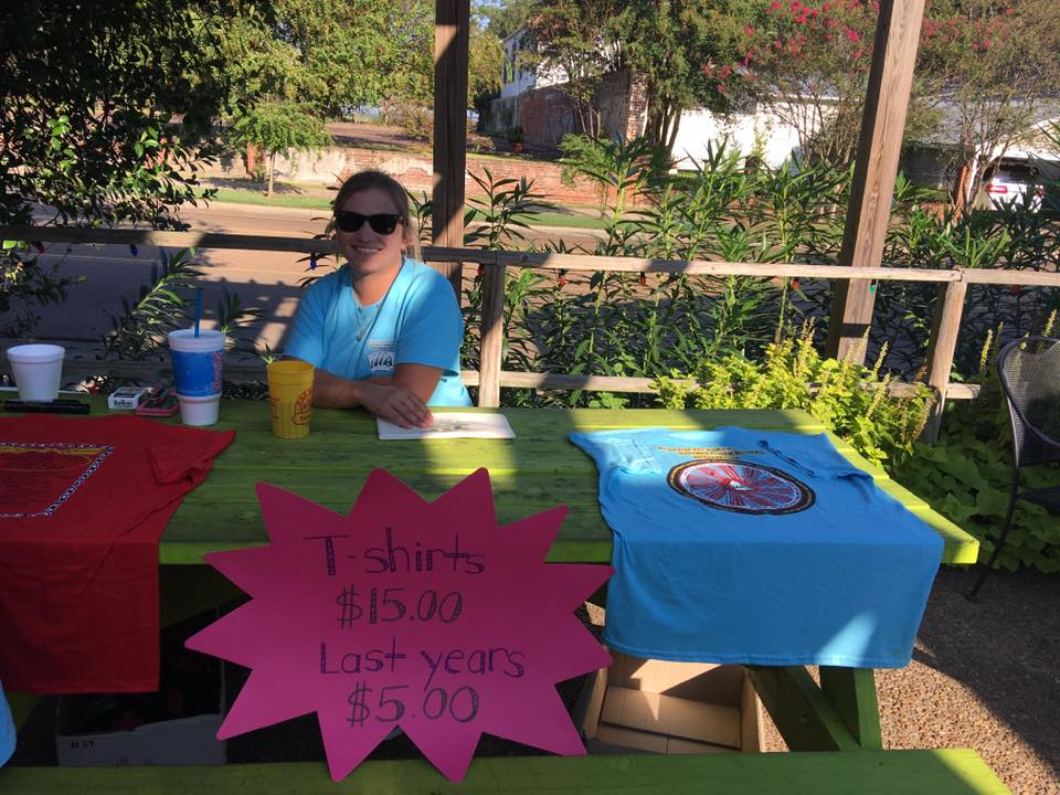 Selling T-Shirts at the Annual Natchez Poker Run | Mississippi